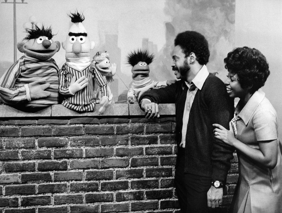 SesameStreet-Muppets-Gordon&Susan-(1969).jpg