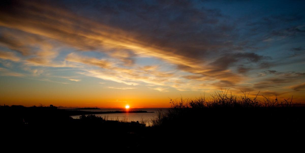 2012-02-05 at 07-45-12 dawn dramatic ocean shoreline sky sun sunrise.jpg