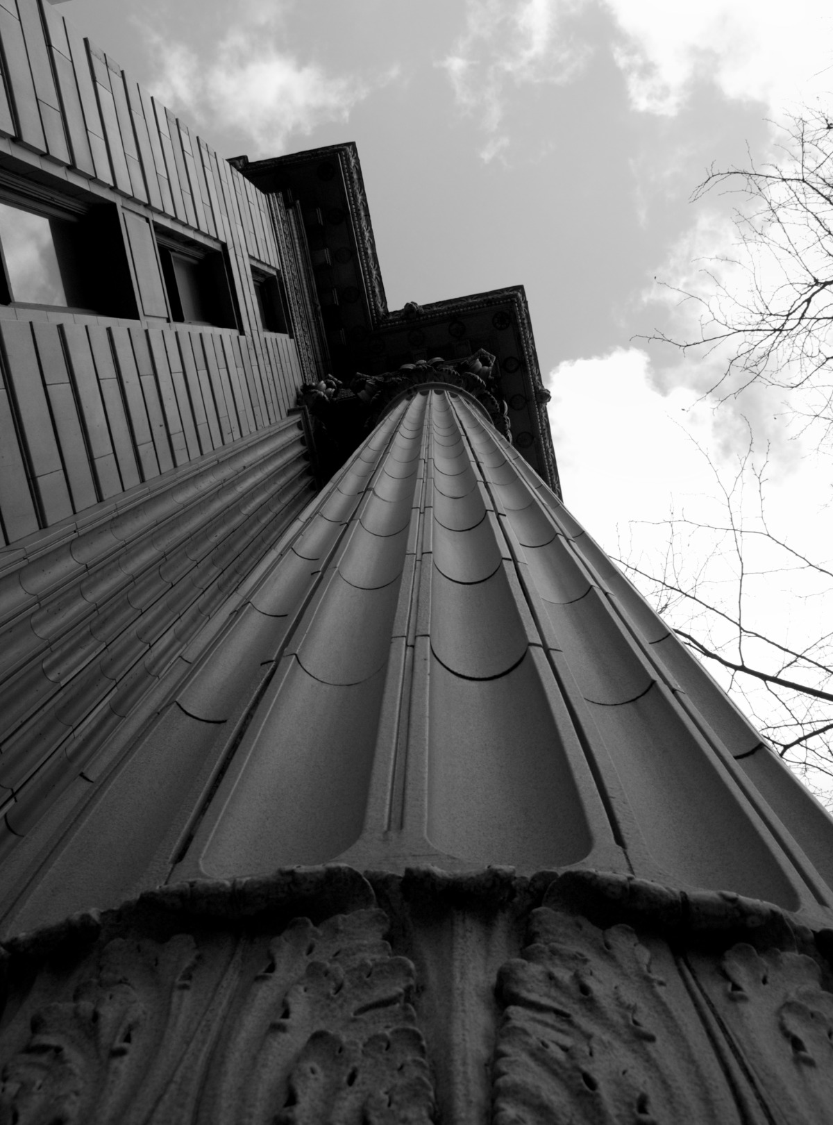 2010-03-10 at 11-25-45 architecture black  white sky height column stone weight oppression soaring bank.jpg