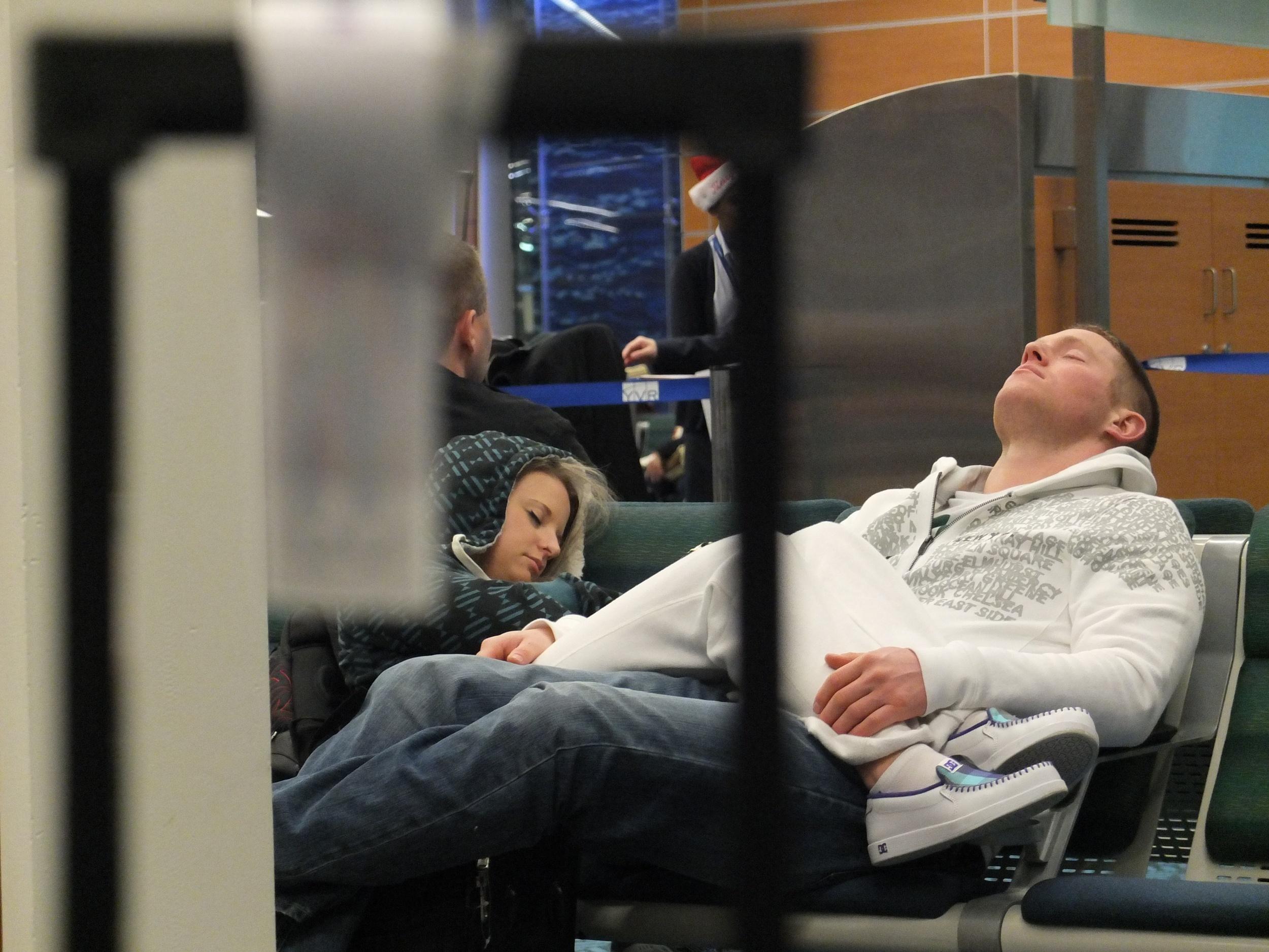 2012-12-25 at 05-12-27 Airport, Exhaustion, Portraits, Sleep, Travel, Uncomfortable.jpg