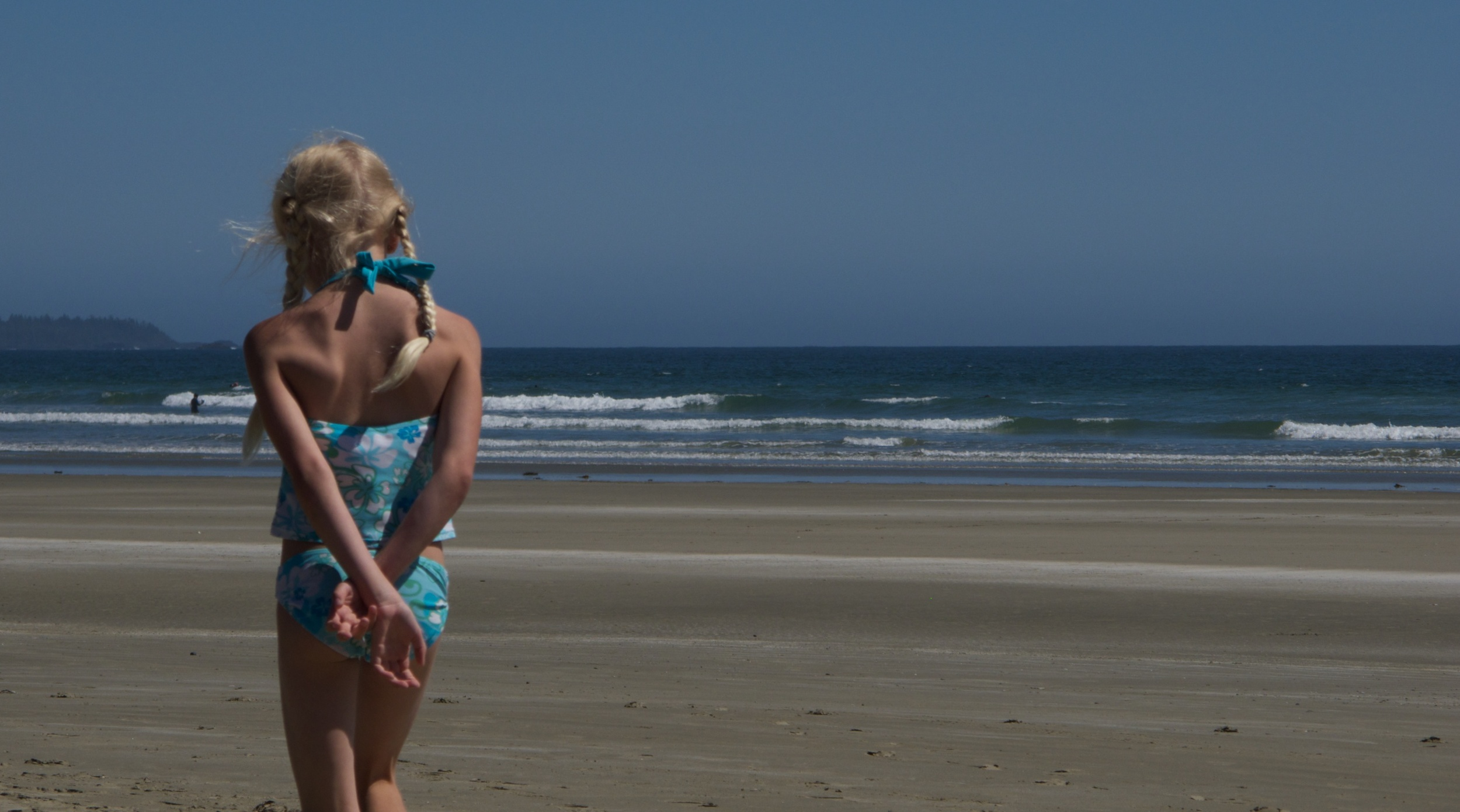 2010-07-06 at 14-29-50 Back, Beach, Blue, Girl, Long Beach, Ocean, Portrait, Sand, Thought.jpg