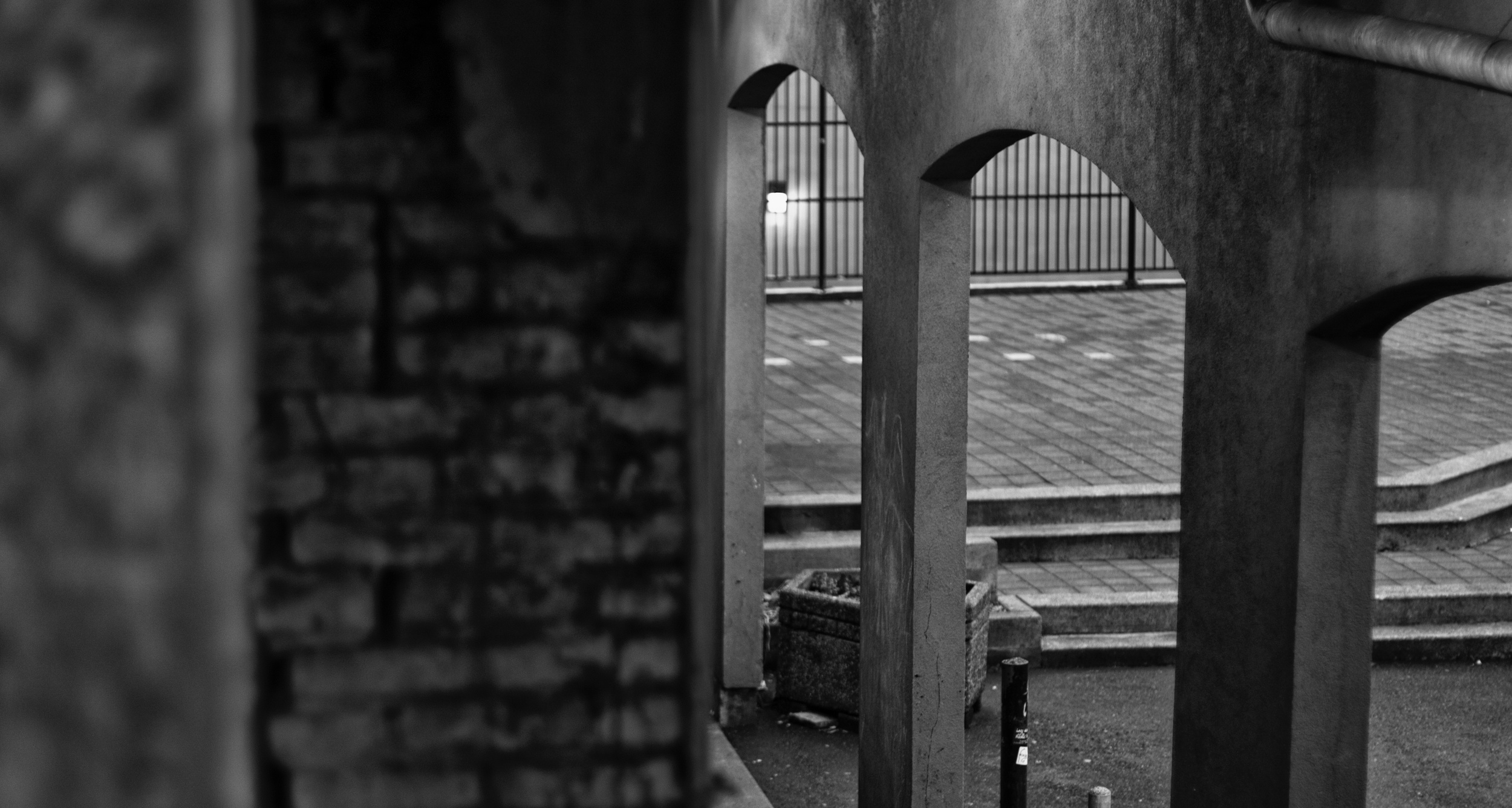 2015-01-17 at 08-21-04 Architecture, Black & White, Fence, Layers, Pillars, Street Life, Structure.jpg