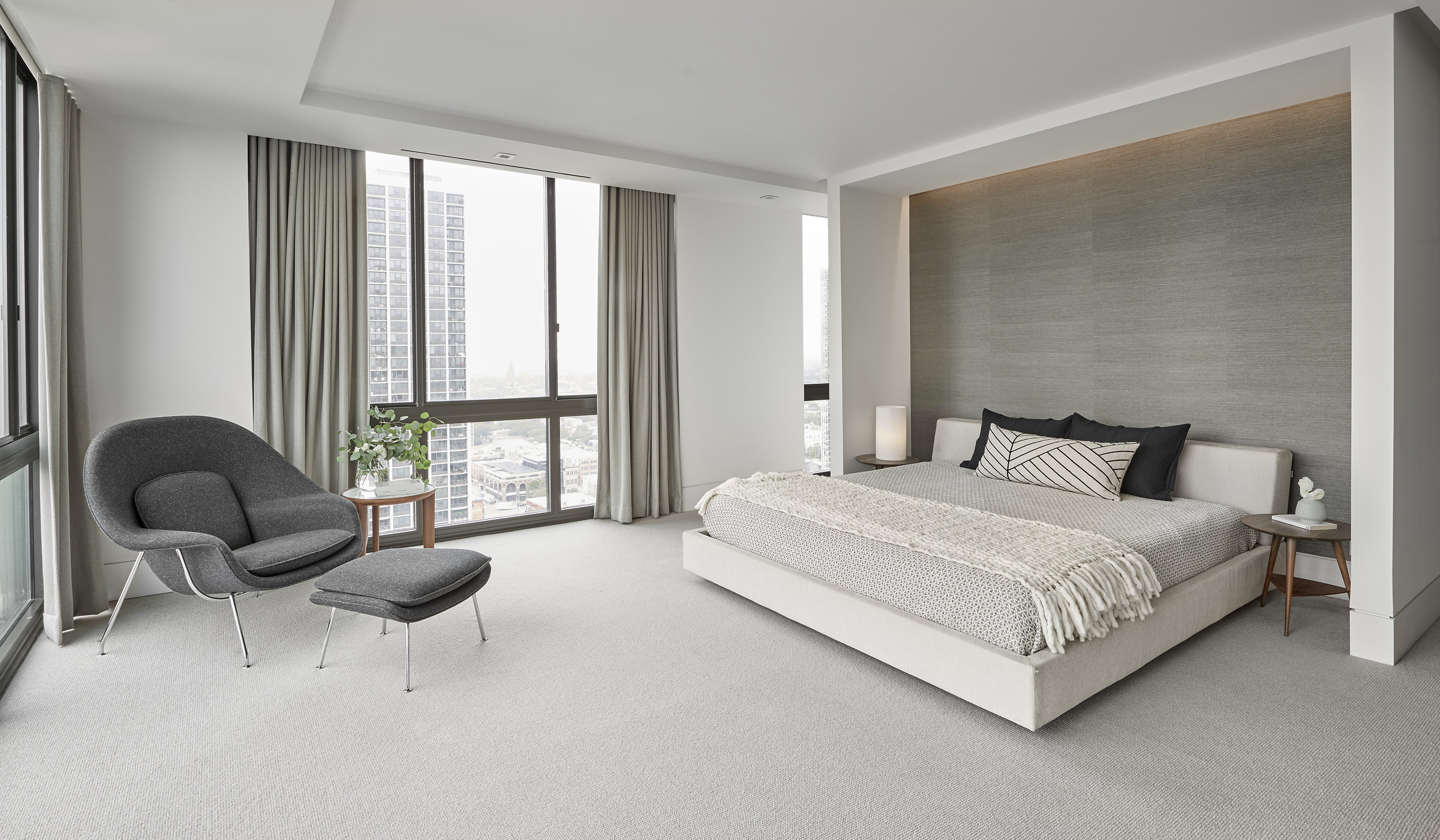 debaun studio_Gold Coast Penthouse Master Bedroom.jpg
