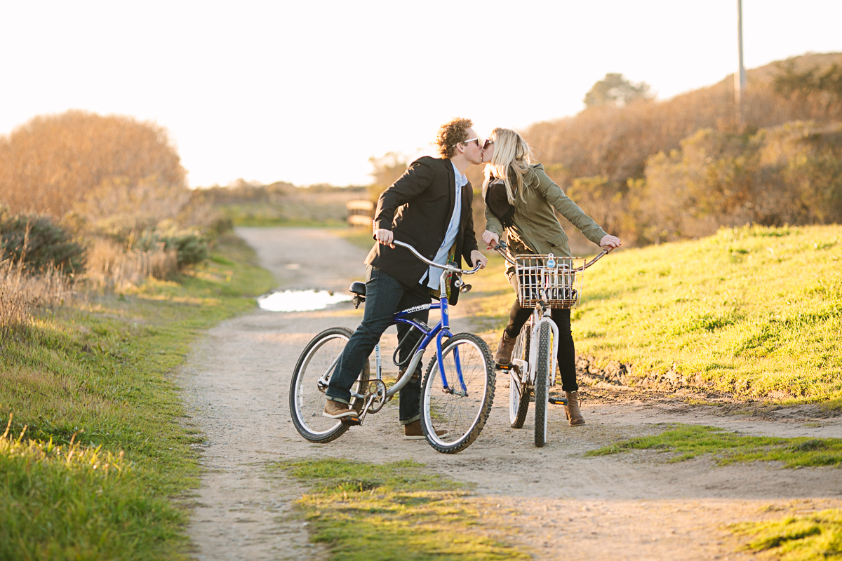 santa_cruz_bike_engagement_shoot-1-4.jpg