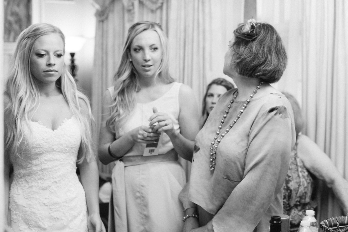 Black_and_White_Wedding_Photographer_Philadelphia