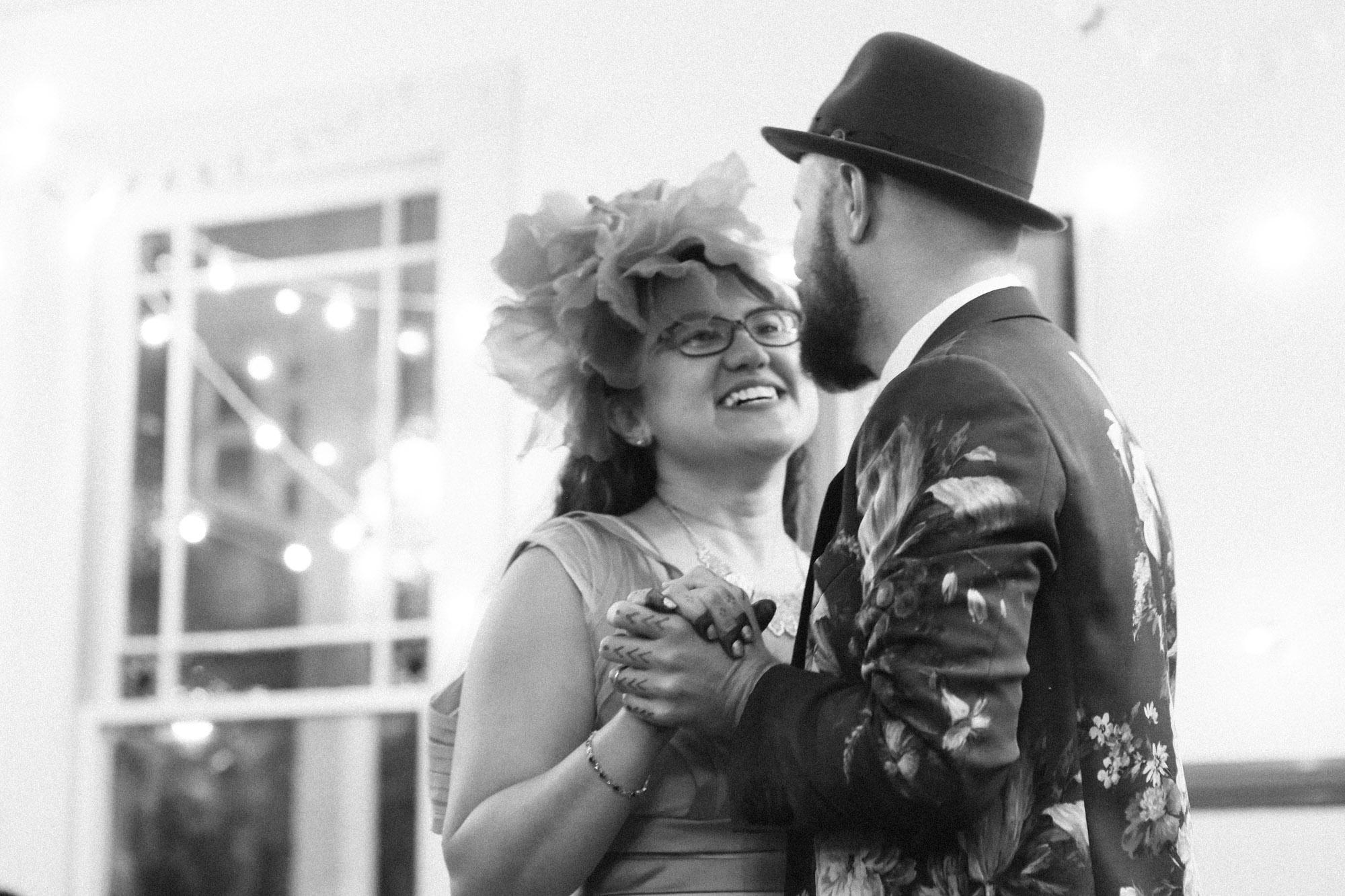 Wedding_Trocadero_house_Stern Grove_offbeat_San_Francisco-100.jpg