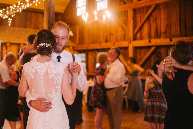 barn wedding vermont