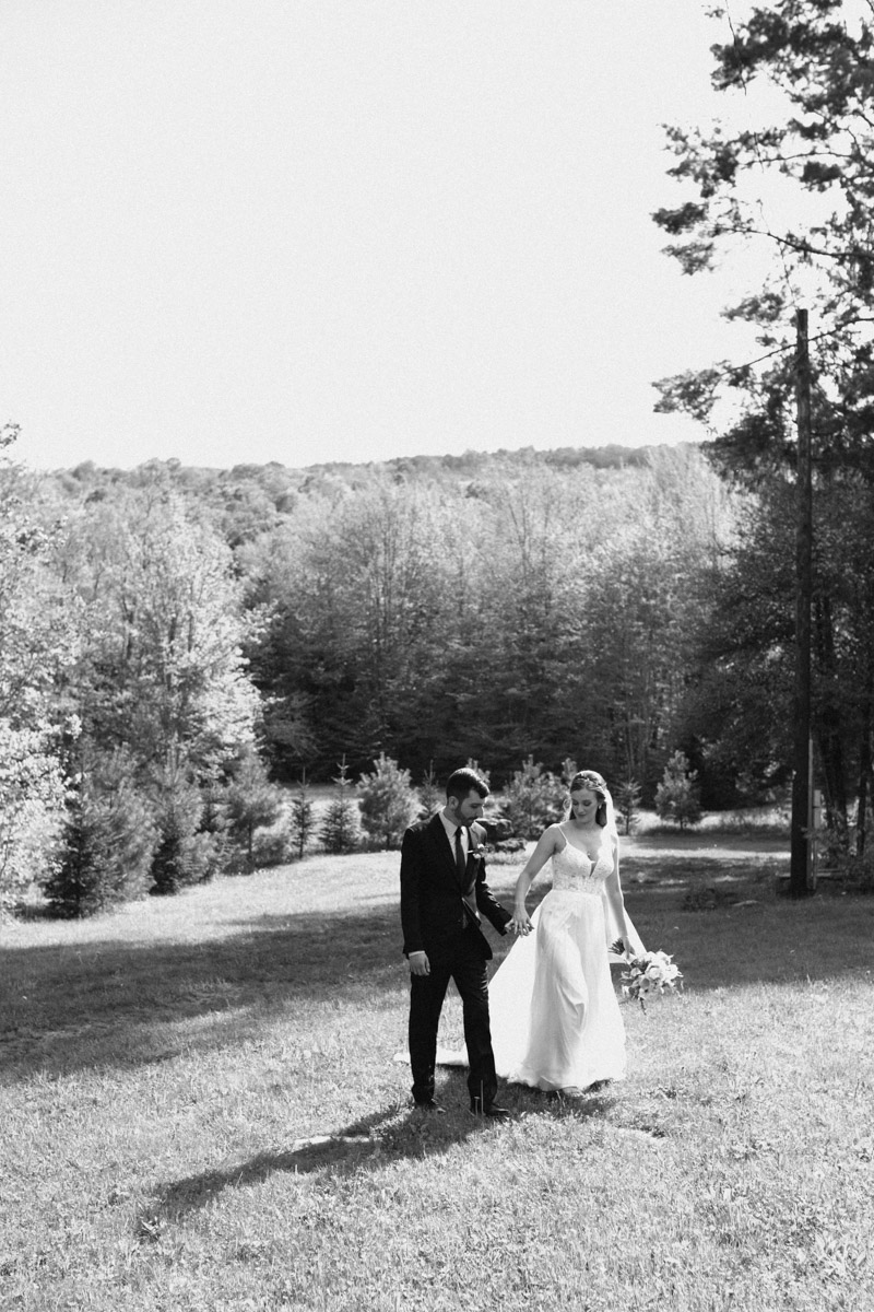 mountain bride groom vermont wedding