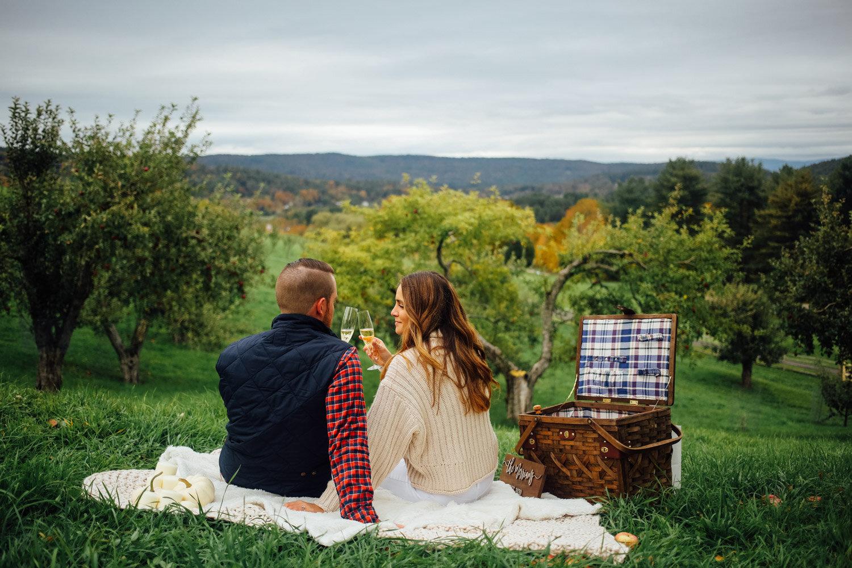 apple orchard engagement shoot vermont-13.jpg