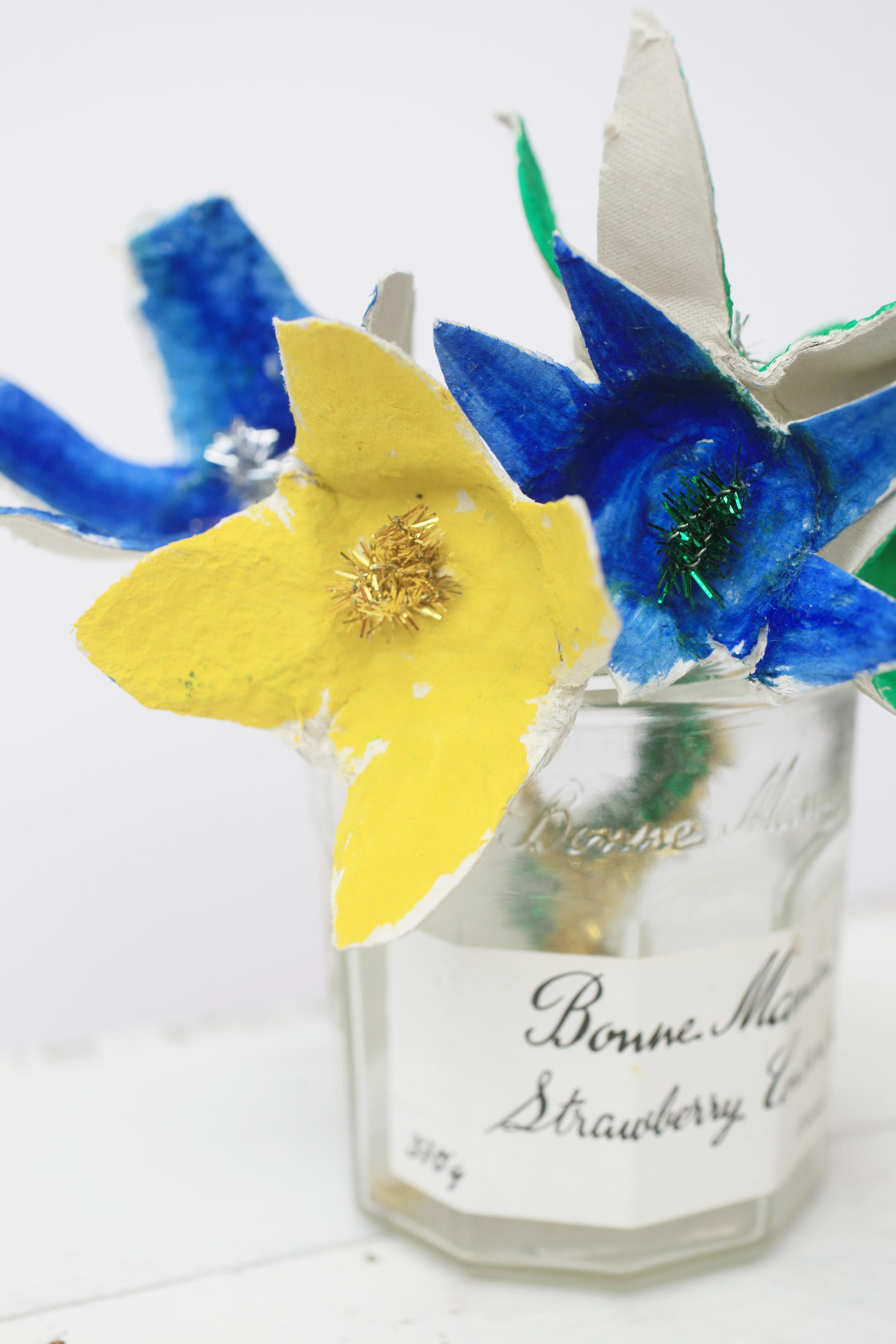 recyclingflowers13.jpg