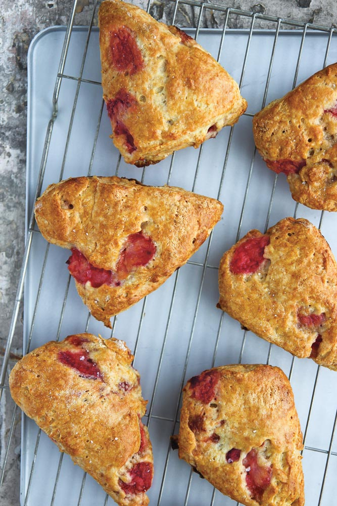 Agnes Makes : Strawberry Scones
