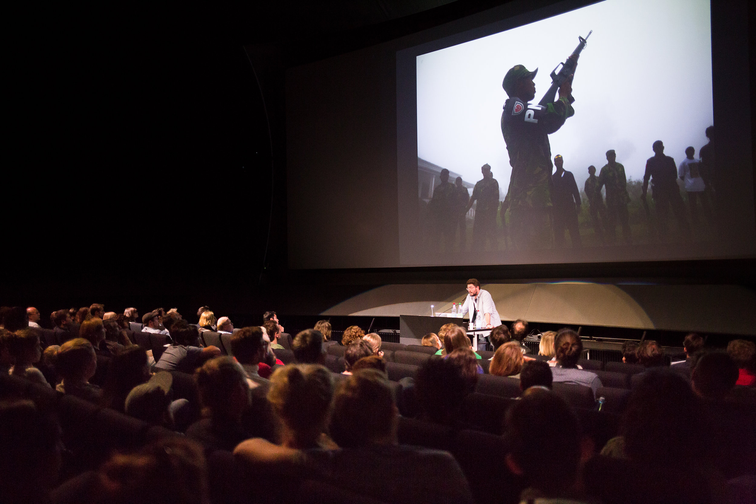 Keynote lecture during Lumix Festival in Hannover 2016. Photo by Maria Rohweder