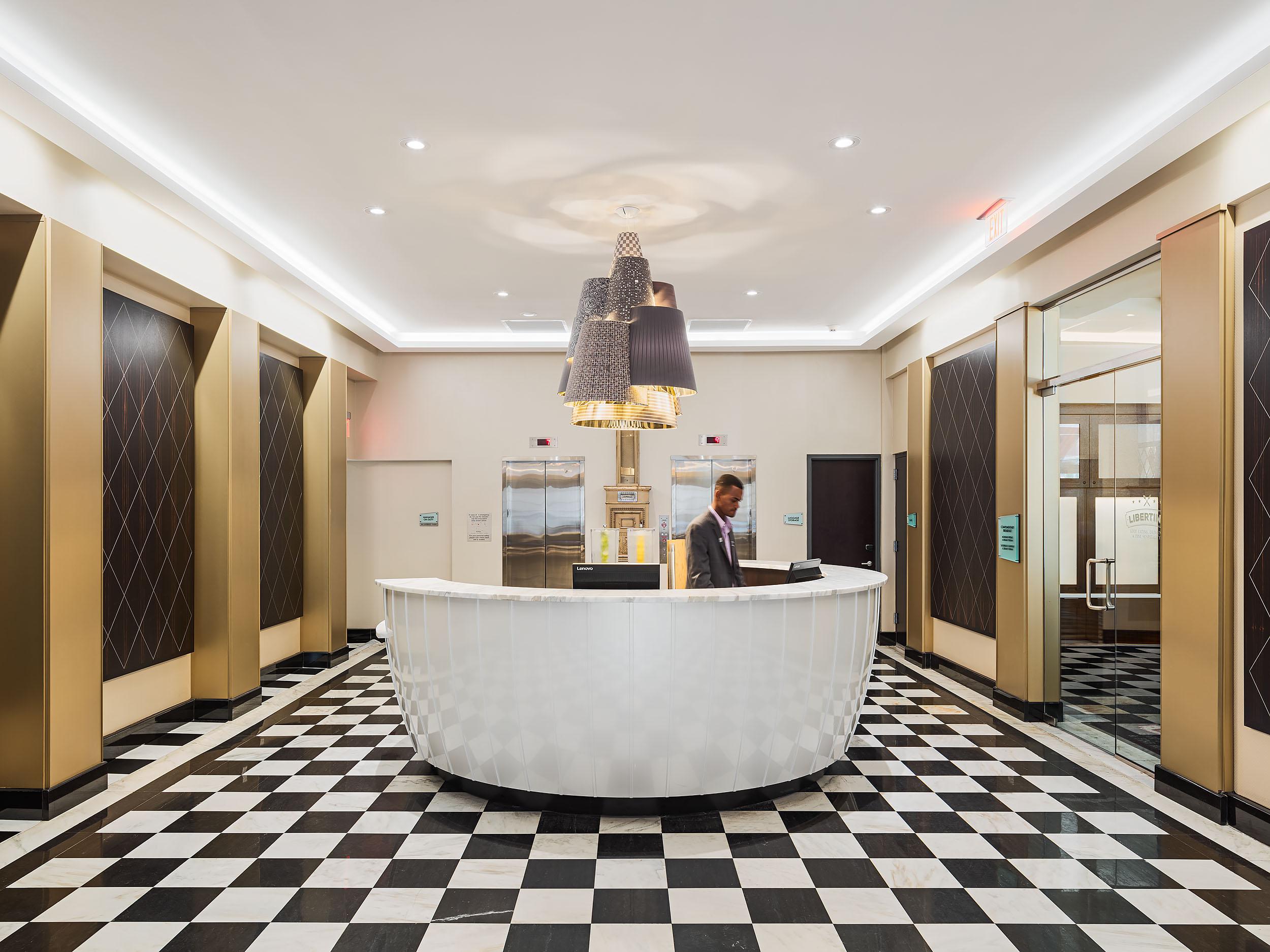 Parker-Spruce Hotel