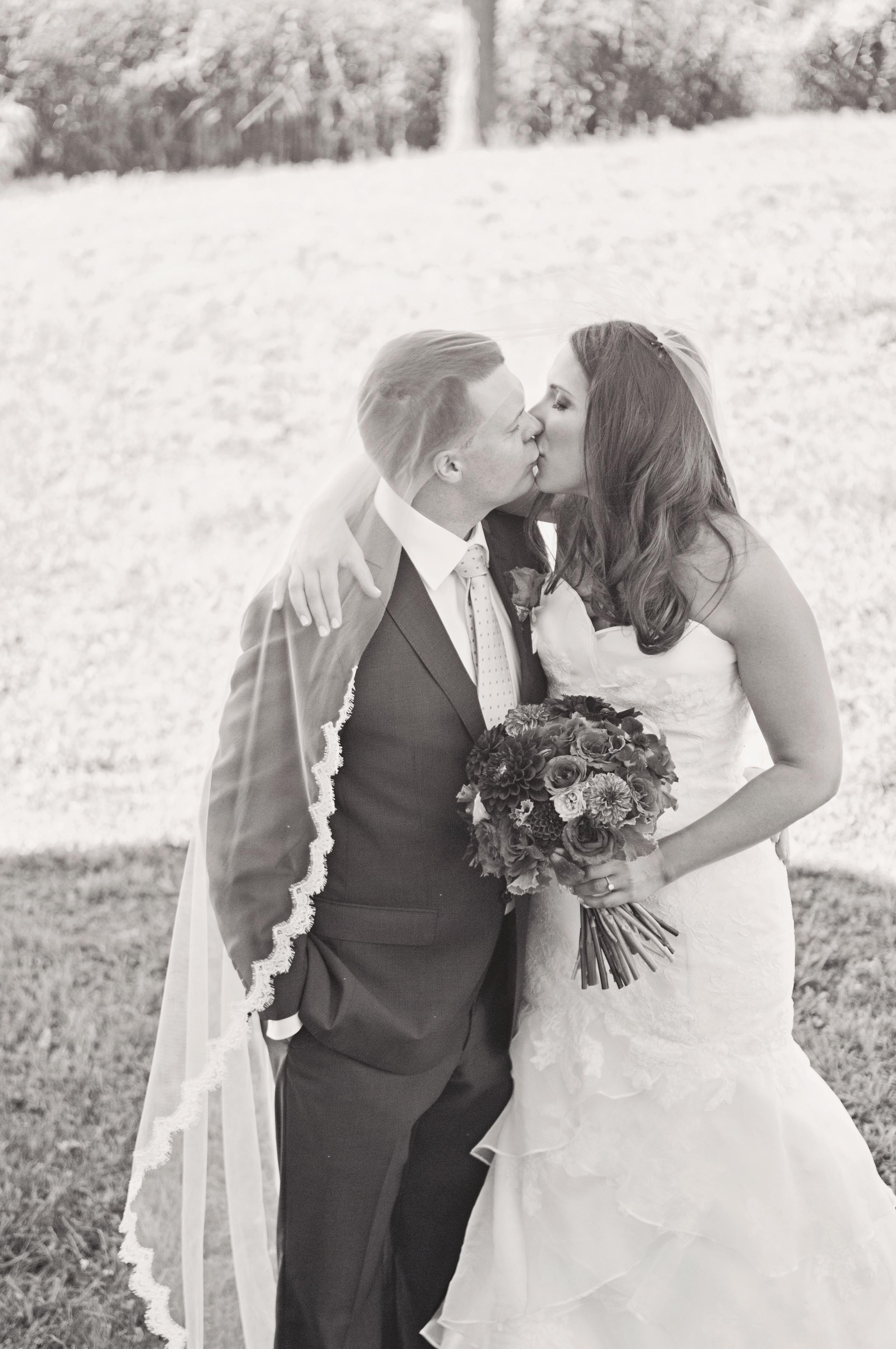 Angela_Chicoski_CT_wedding_photographer_007.jpg
