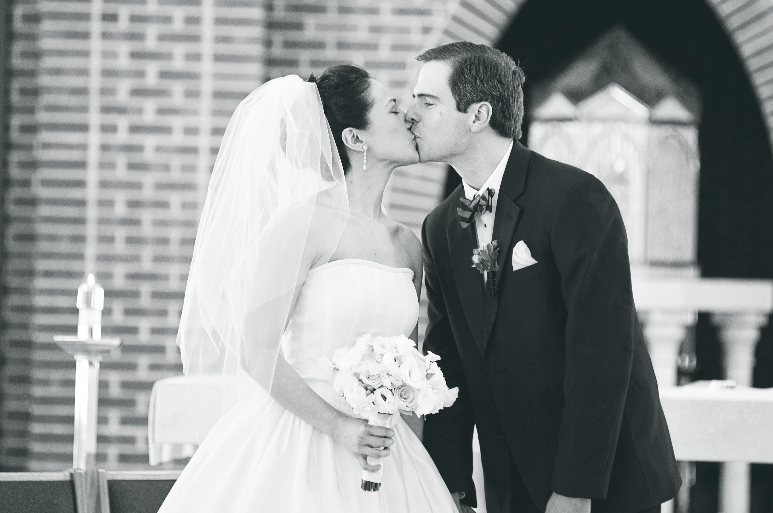 Angela_Chicoski_CT_wedding_photographer_050.jpg