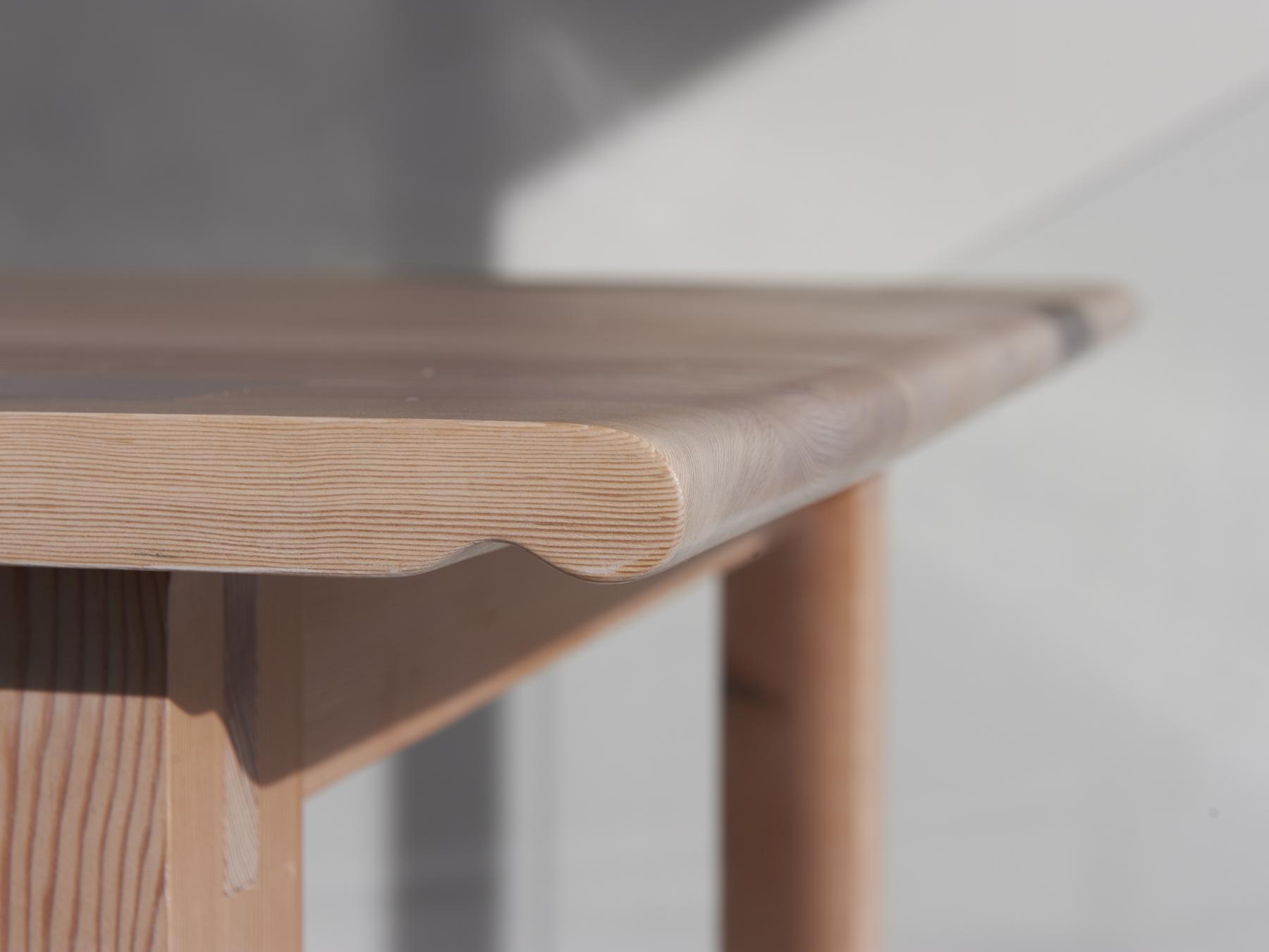 table barrow handle detail.jpg