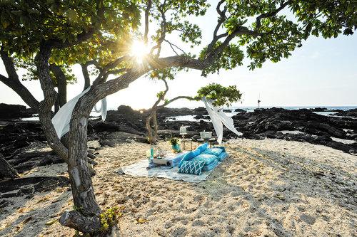 Alohilani Weddings - Kikaua Point Elopement