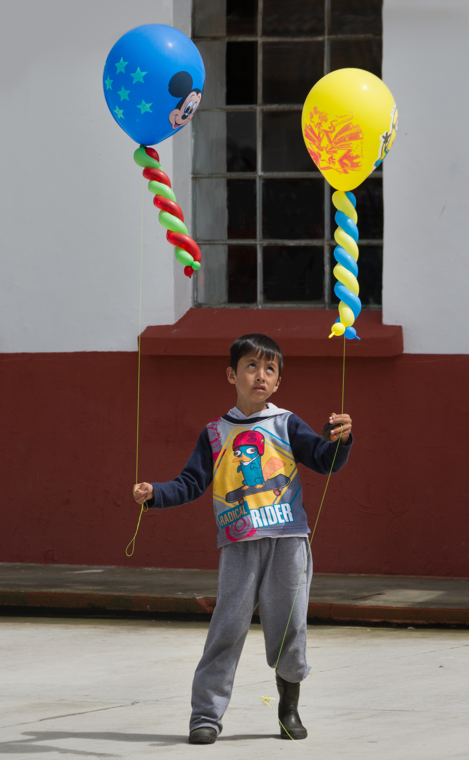Boy with Two Balloons    CantoyaFest: Paracho, Michoacán, Mexico — Sunday, July 20, 2014