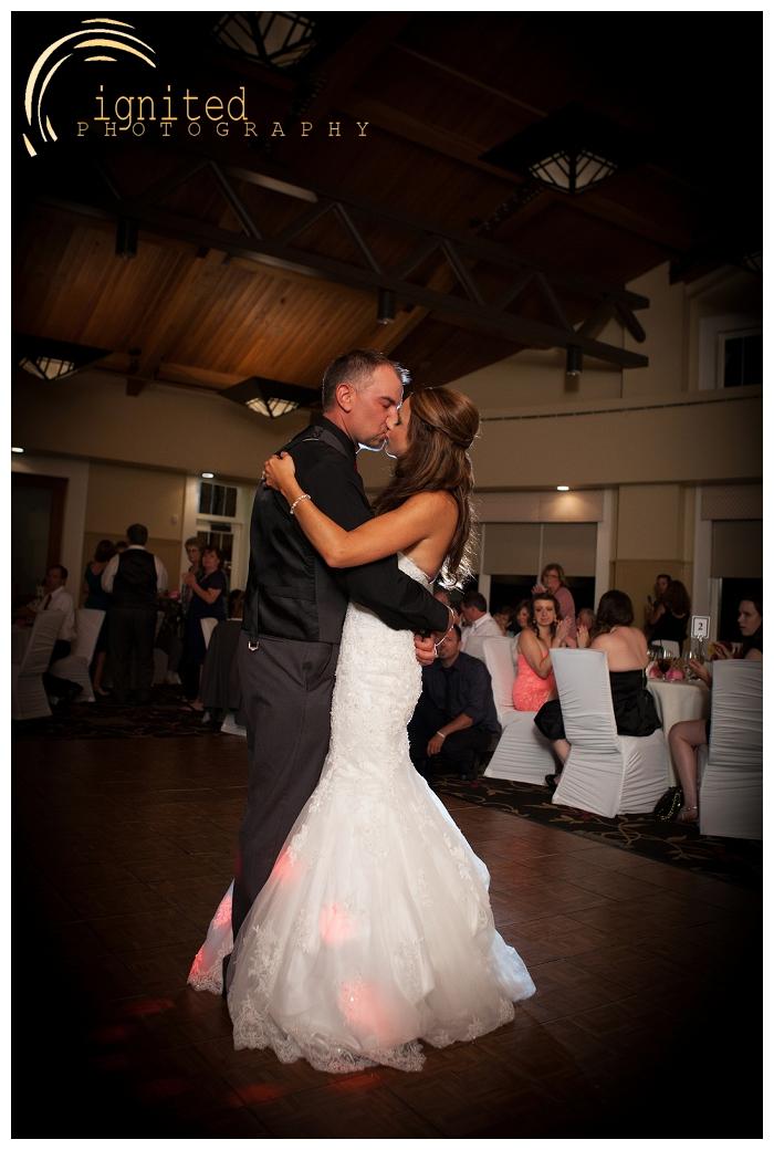 ignited Photography Michael Hicks Amy Sanford Oak Pointe Country Club Pinckeny Brighton Howell Pinckney Michigan_048.jpg