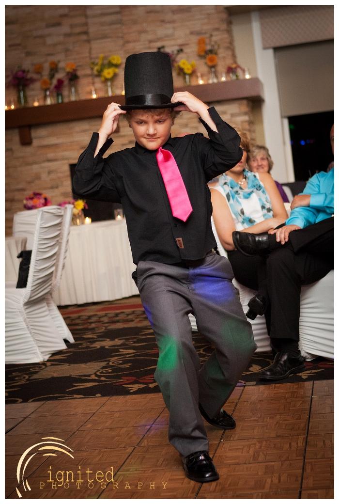 ignited Photography Michael Hicks Amy Sanford Oak Pointe Country Club Pinckeny Brighton Howell Pinckney Michigan_040.jpg