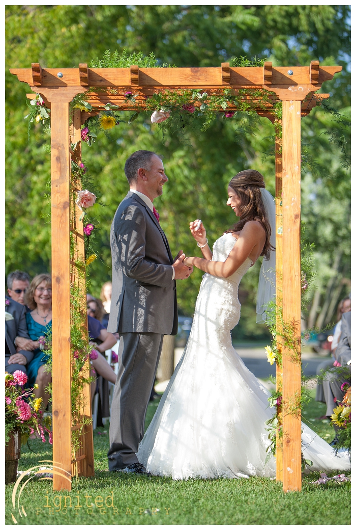 ignited Photography Michael Hicks Amy Sanford Oak Pointe Country Club Pinckeny Brighton Howell Pinckney Michigan_018.jpg