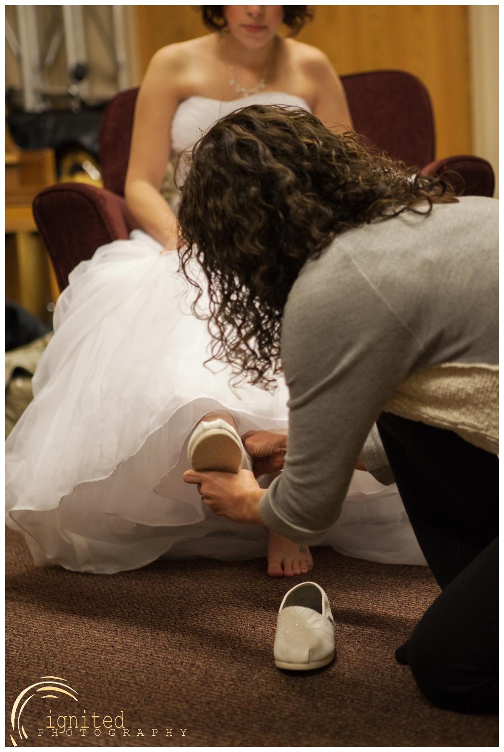 ignited Photography Alyssa  Castwell and Caleb Merna Wedding Brighton Nazarene The Naz Howell MI_0019.jpg