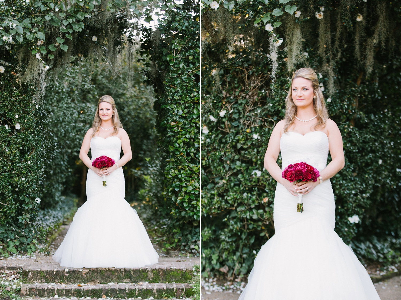 Lindsey_A_Miller_photography_bridal_portrait_middleton_plantation_charleston_sunset_spanish_moss_005.jpg