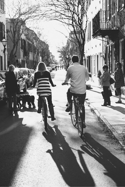 Alicia_Rob_Historic_Downtown_Charleston_Engagement_Session_03_stomp.jpg