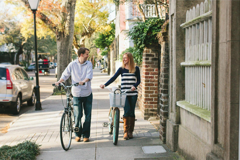 Alicia_Rob_Historic_Downtown_Charleston_Engagement_Session_05_stomp.jpg