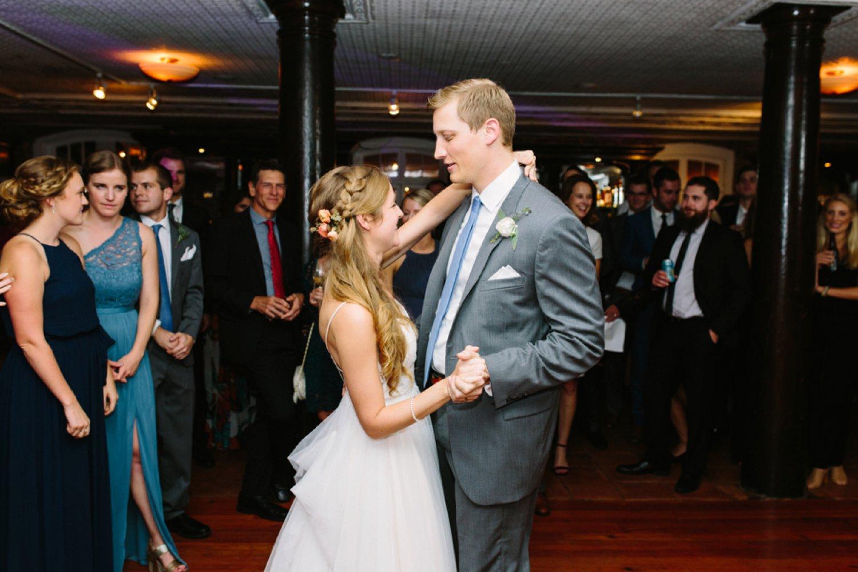 lindsey_a_miller_photography_historic_rice_mill_charleston_wedding_69.jpg