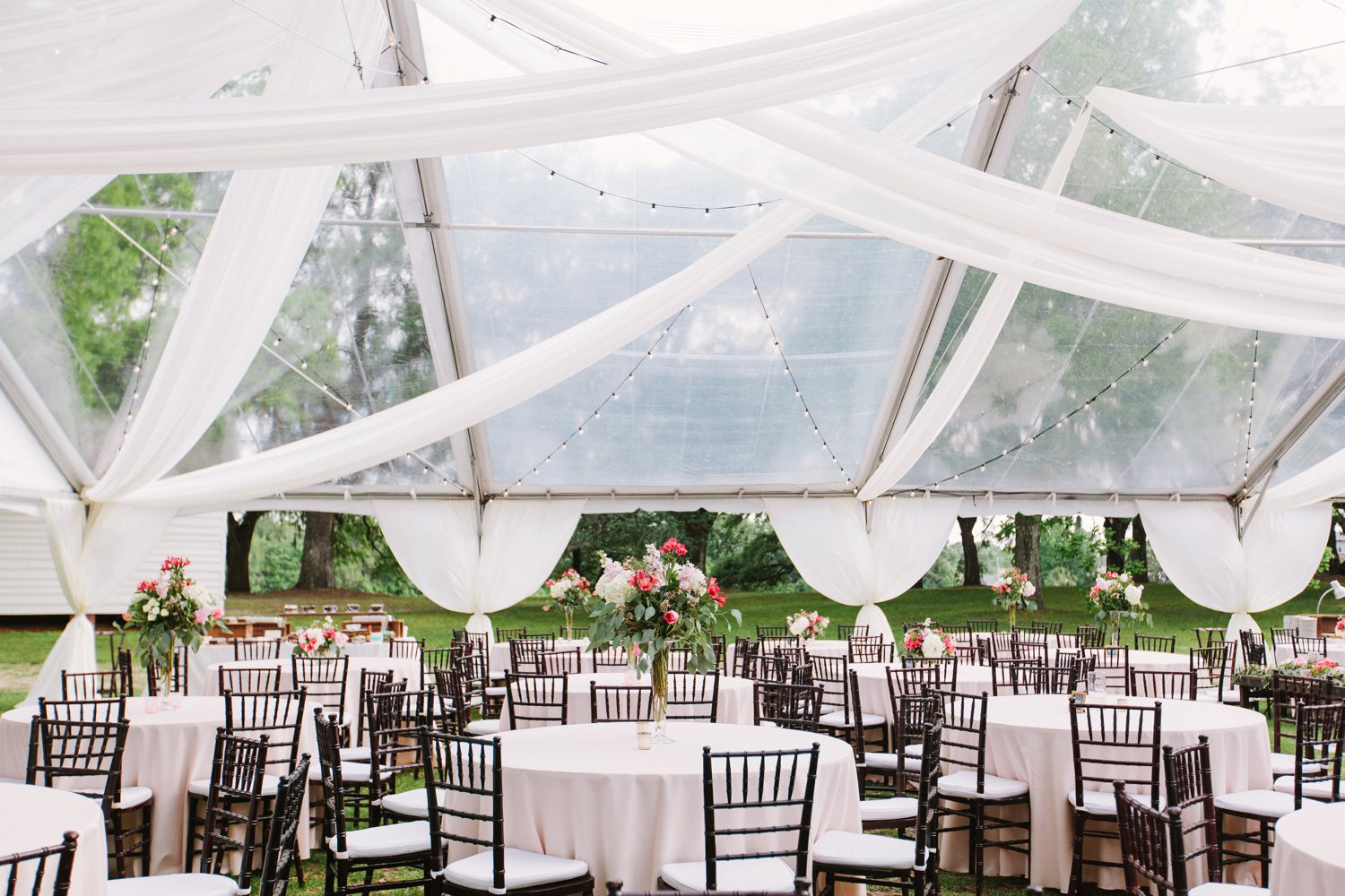 Lindsey_A_Miller_Photography_mcleod_plantation_wedding_charleston_south_carolina_clear_tent_spring_mod_events_063.jpg