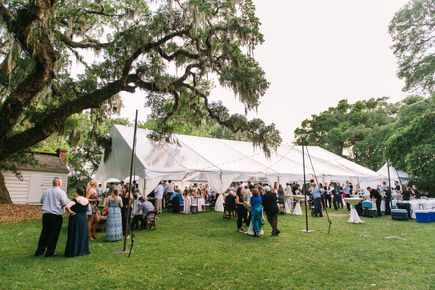 Lindsey_A_Miller_Photography_mcleod_plantation_wedding_charleston_south_carolina_clear_tent_spring_mod_events_077.jpg