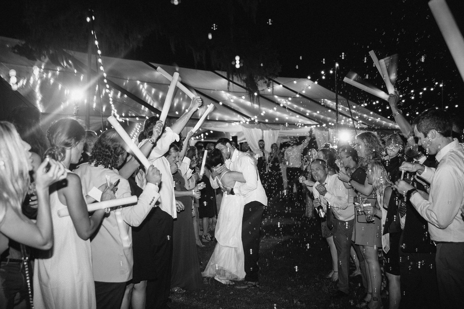 Lindsey_A_Miller_Photography_mcleod_plantation_wedding_charleston_south_carolina_clear_tent_spring_mod_events_102.jpg