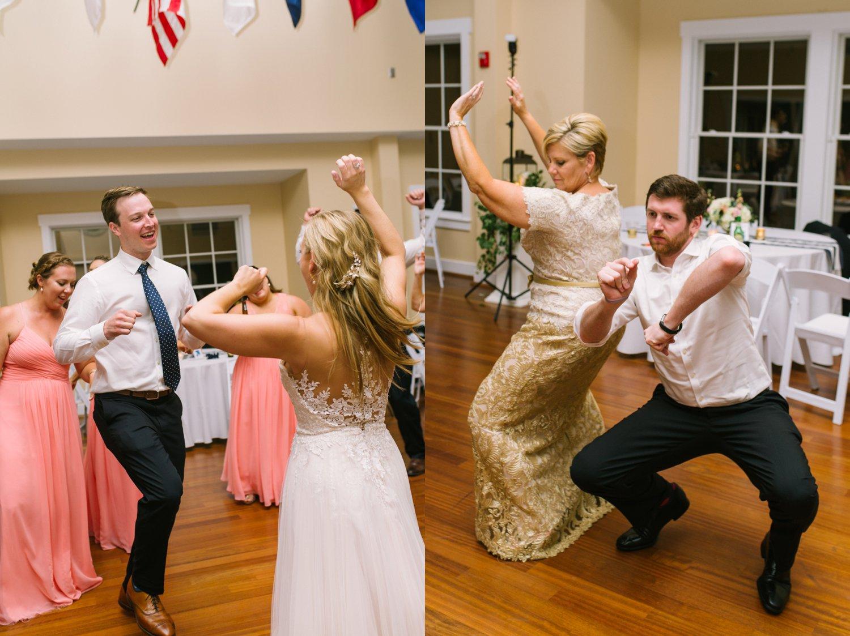 Lindsey_A_Miller_Photography_wedding_southport_community_building_bubbly_events_north_carolina_coasta_cannon_nautical_historic_094.jpg