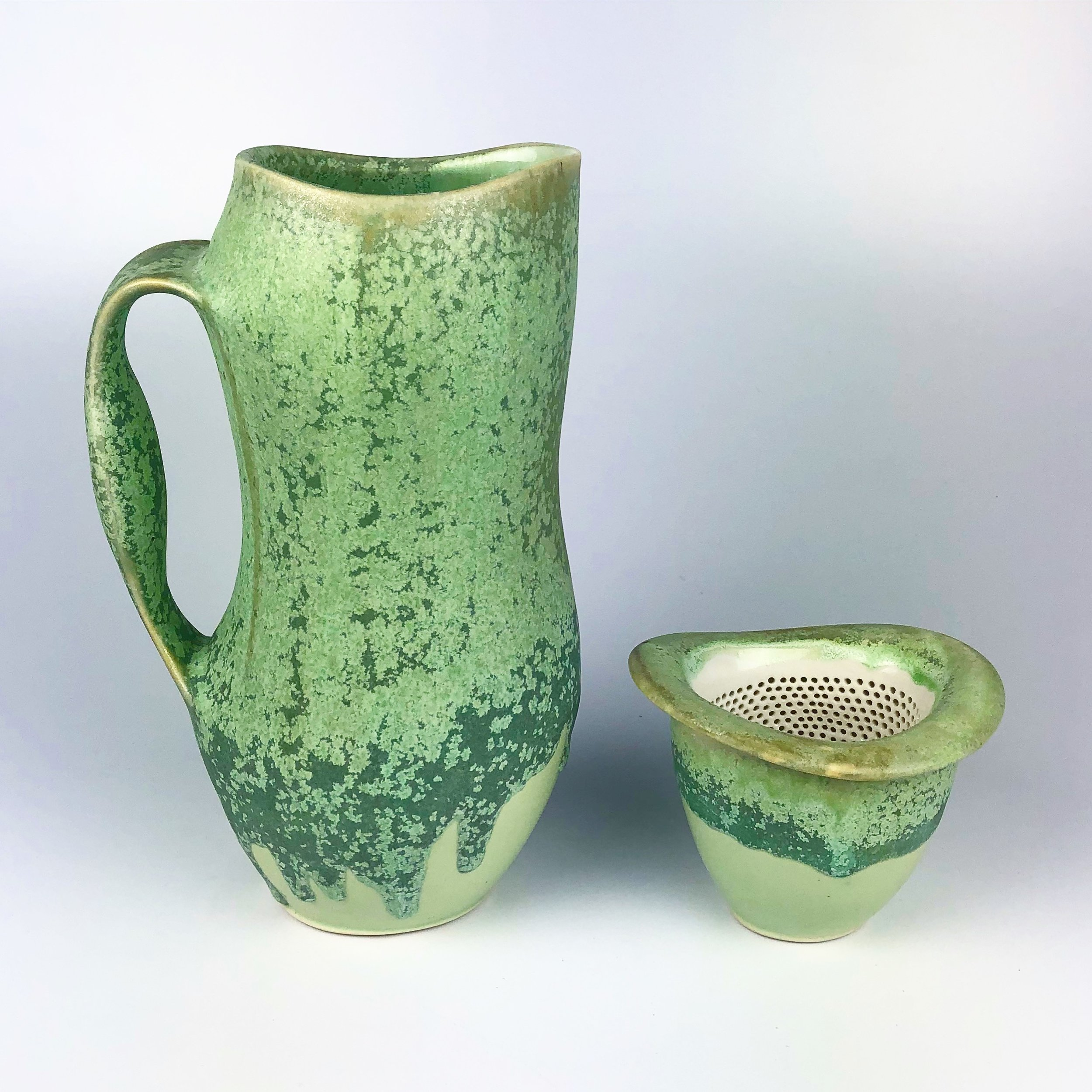 pitcher with tea infuser and stand
