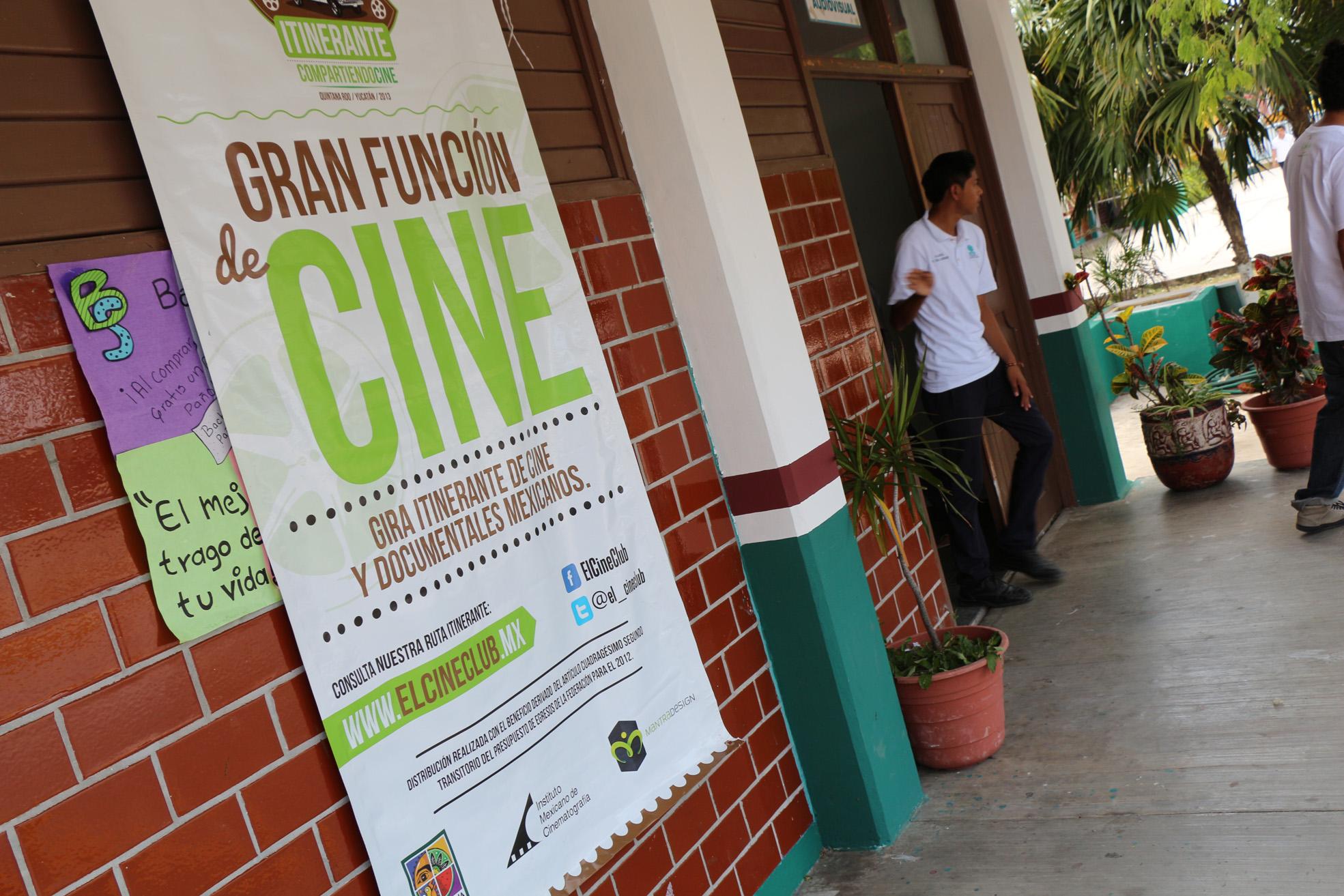 Cine mexicano en las escuelas.