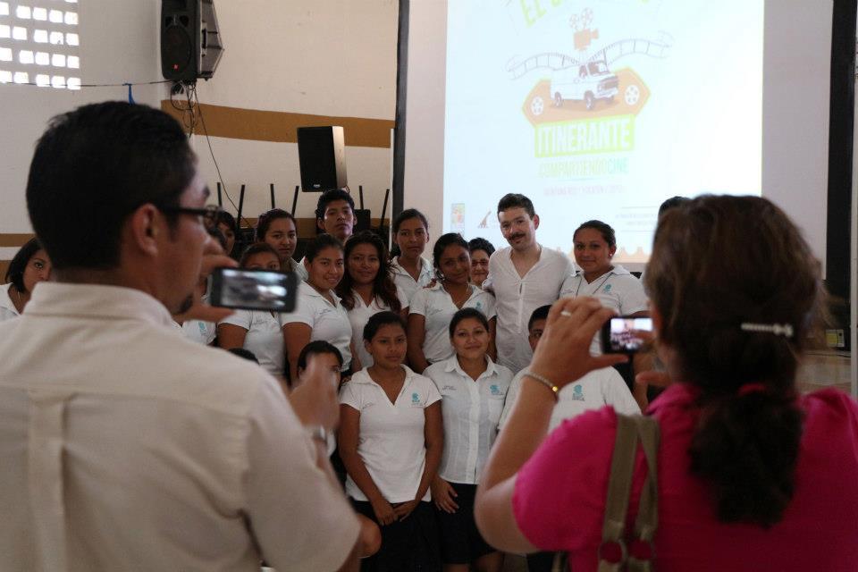 Proyección en Bachilleres Puerto Morelos