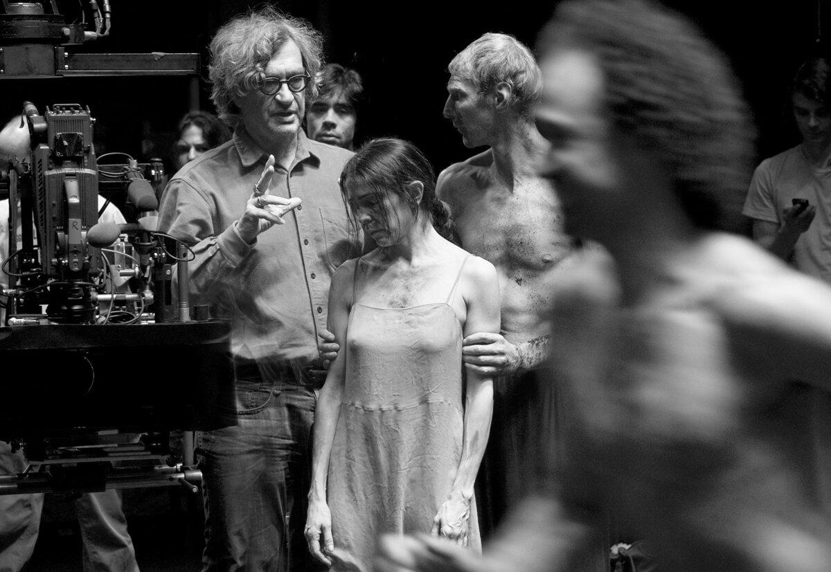 PINA-Wim-Wenders-directing-big.jpg