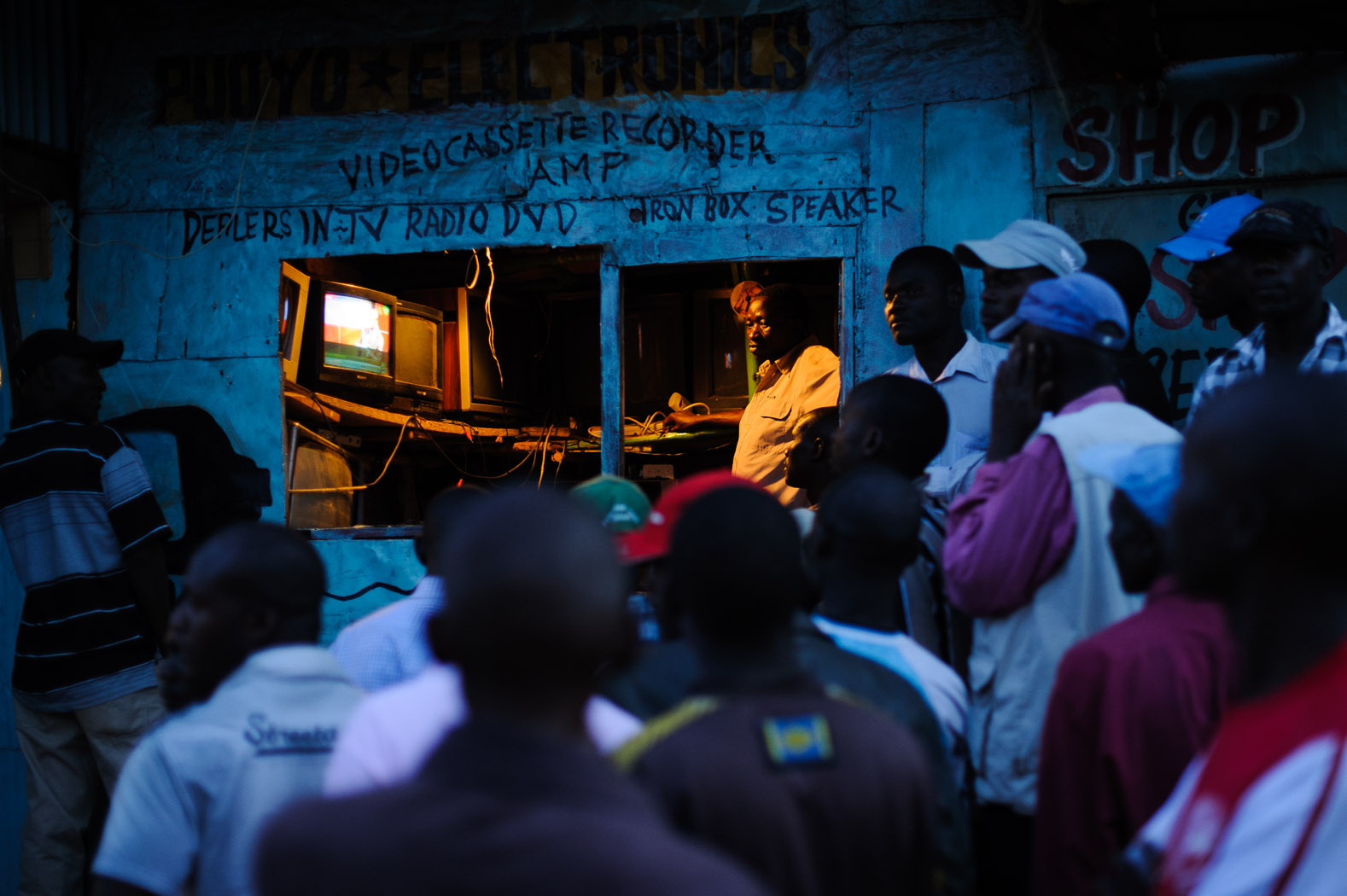 The national count, however, was marred by problems and allegations of fraud. The electronic tallying system broke-down, and the electoral commission made the controversial move to revert to a manual count. Kenyans waited for five days, glued to televisions and radios, to find out the final result as the numbers trickled in.