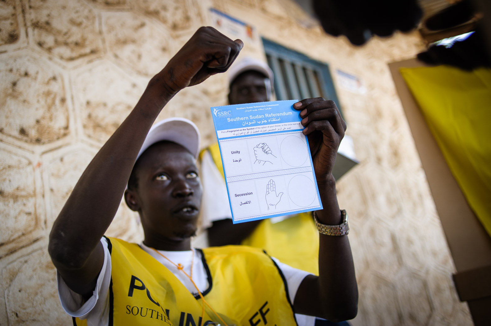 Due to the decades of war, South Sudan has one of the highest rates of illiteracy in the world. Voting sheets included symbols for independence and secession, which were explained to each voter before they cast their ballot.
