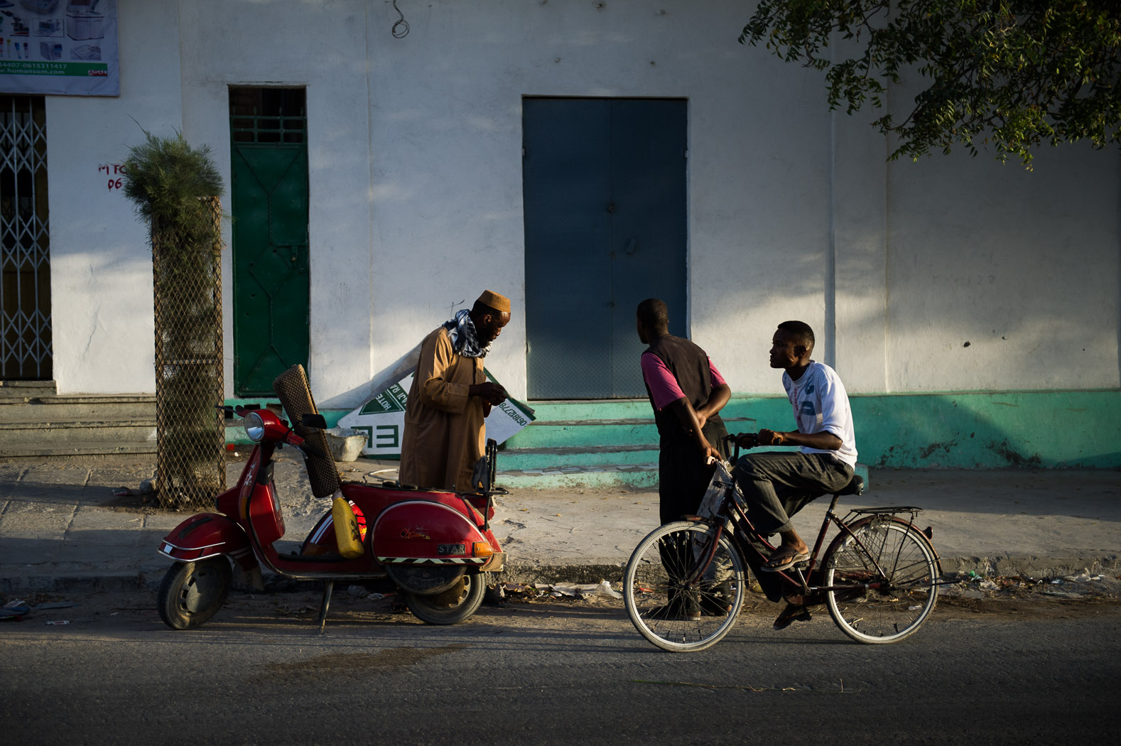 During the past few years of conflict, an informal curfew existed across the city at 4pm. Daily life now continues into the night.