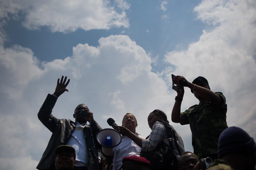 Governor Julien Paluku and UN SRSG Martin Kobler address crowds at Kiwanja, the day after it fell