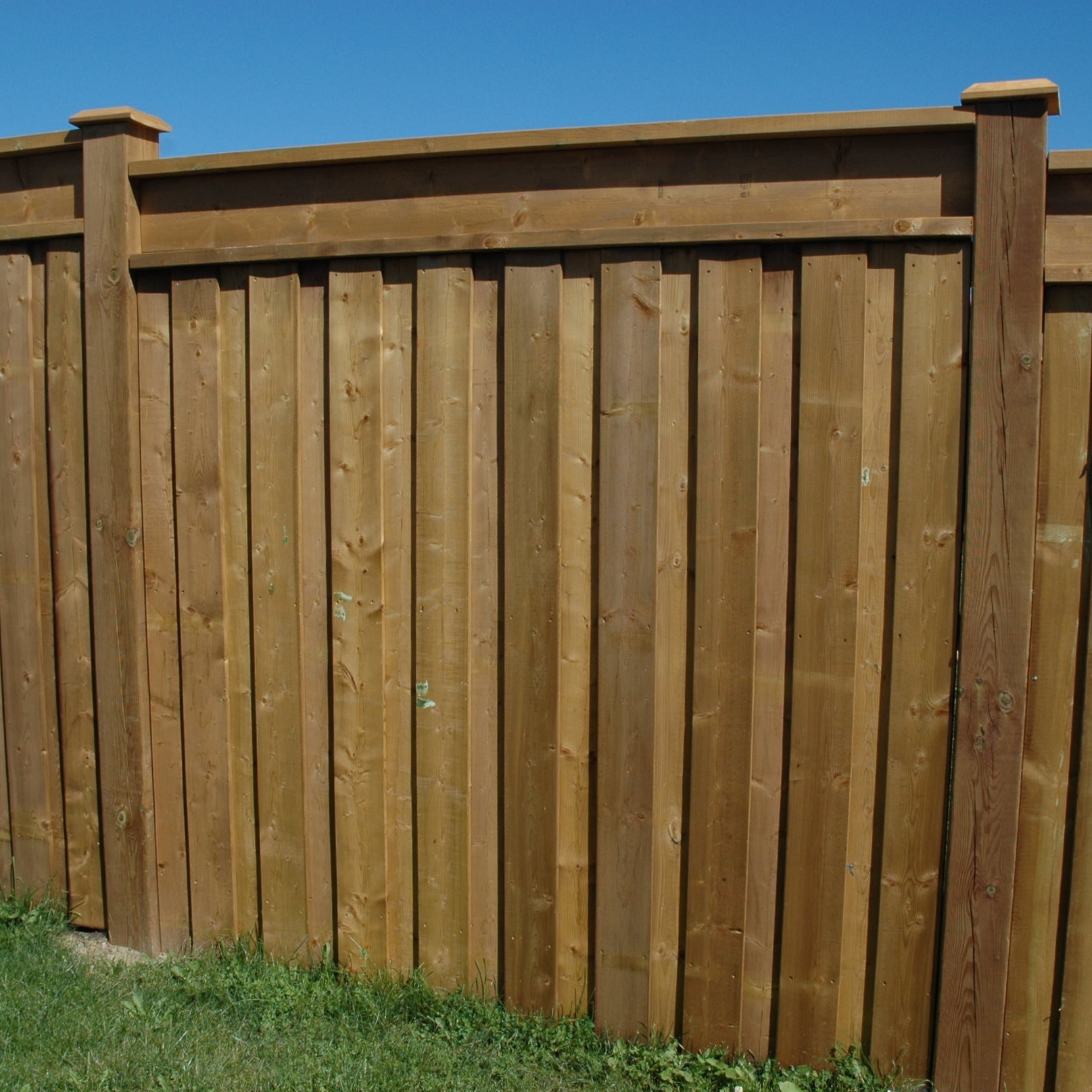 Wood Fencing — Heritage Design - The Deck and Fence Store