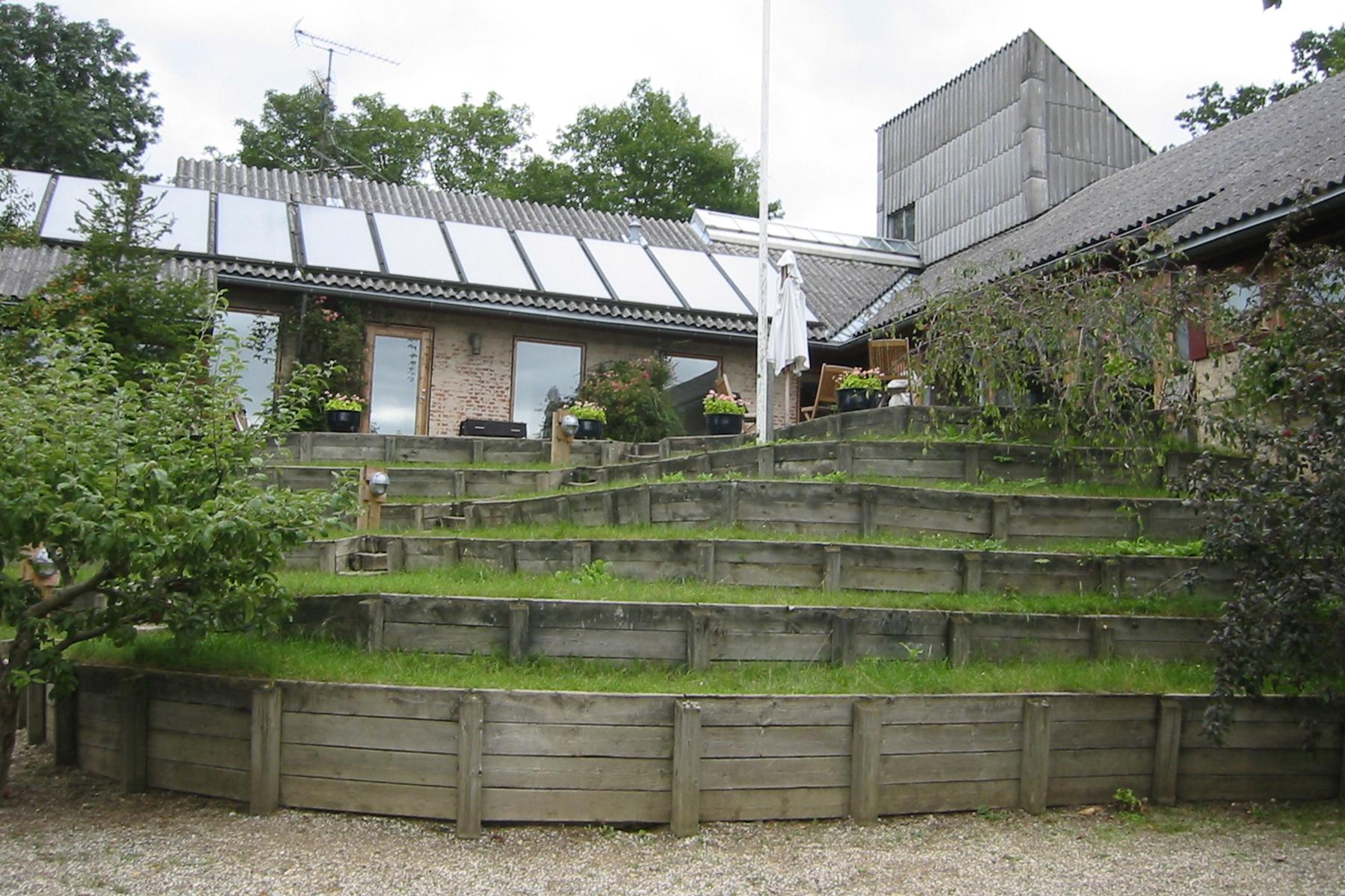 Trudeslund Cohousing  in Bikeroed, DK. Designed by Tegnestuen Vandkunsten