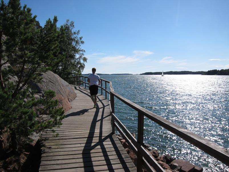 Running along the waterside trail in Mariehamn