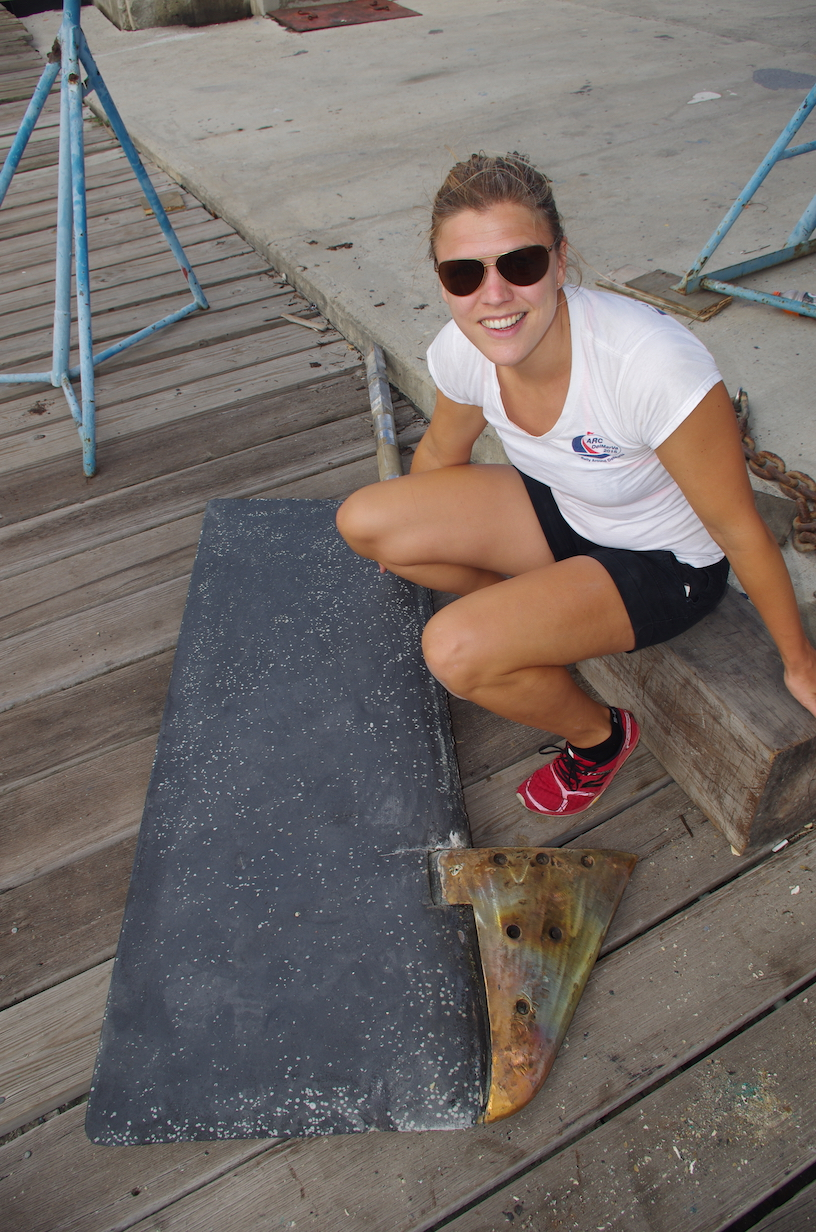 The rudder is bigger than Mia!