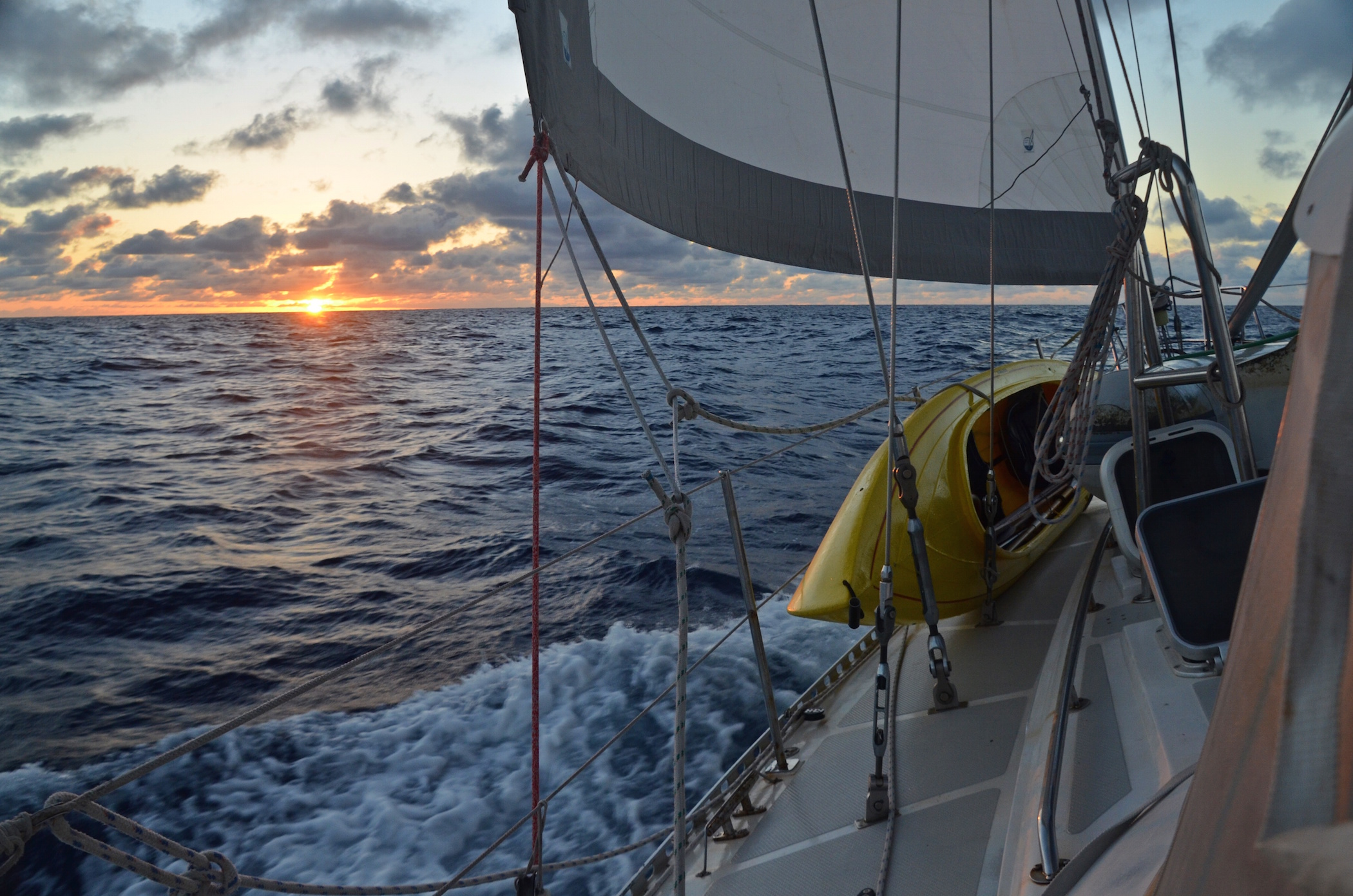 Sailing with a family around the world, www.sailingtotem.com - 'On the Wind' Sailing Podcast: Episode #175