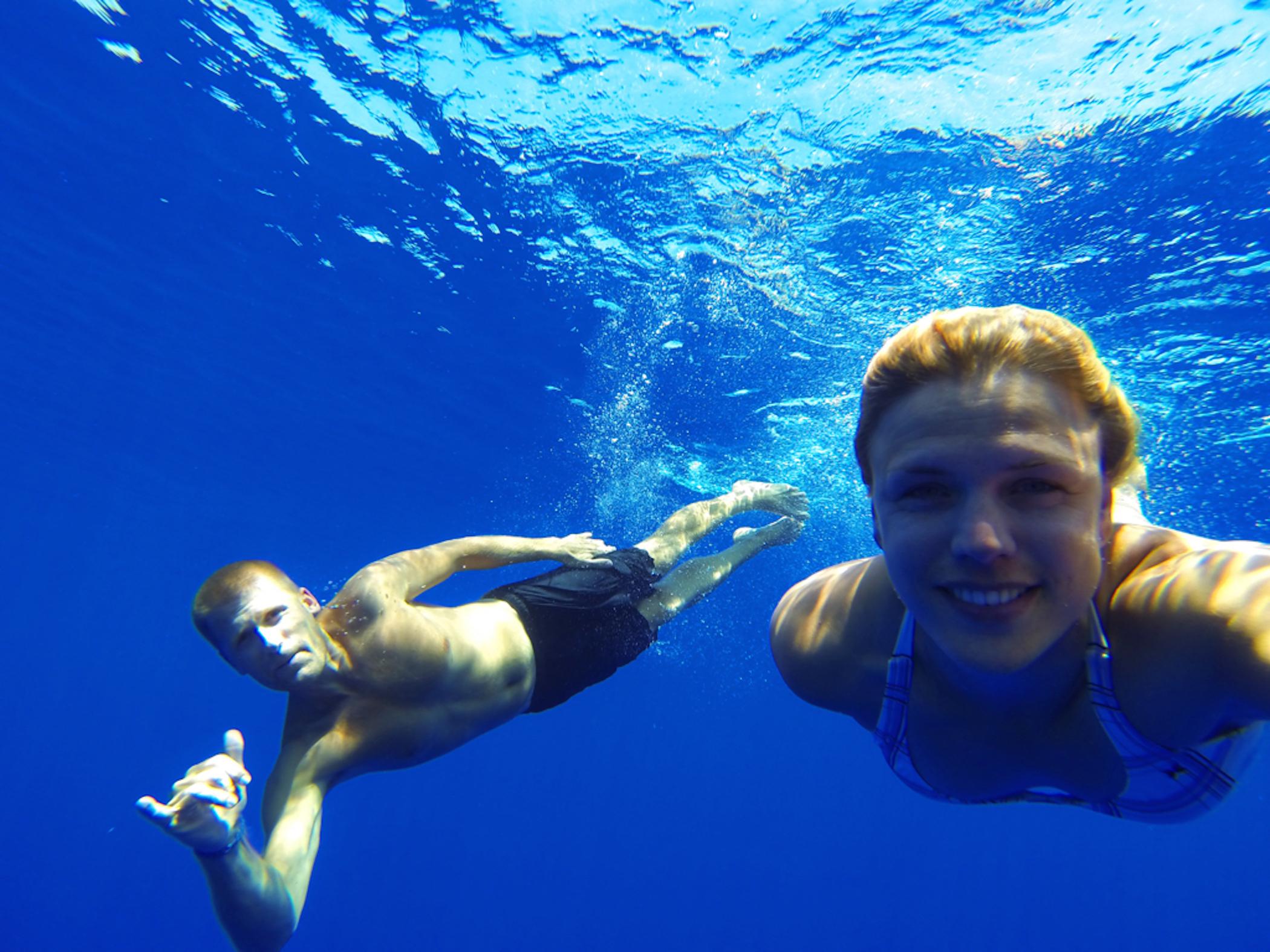 Deep ocean swimming on the way to Cuba!