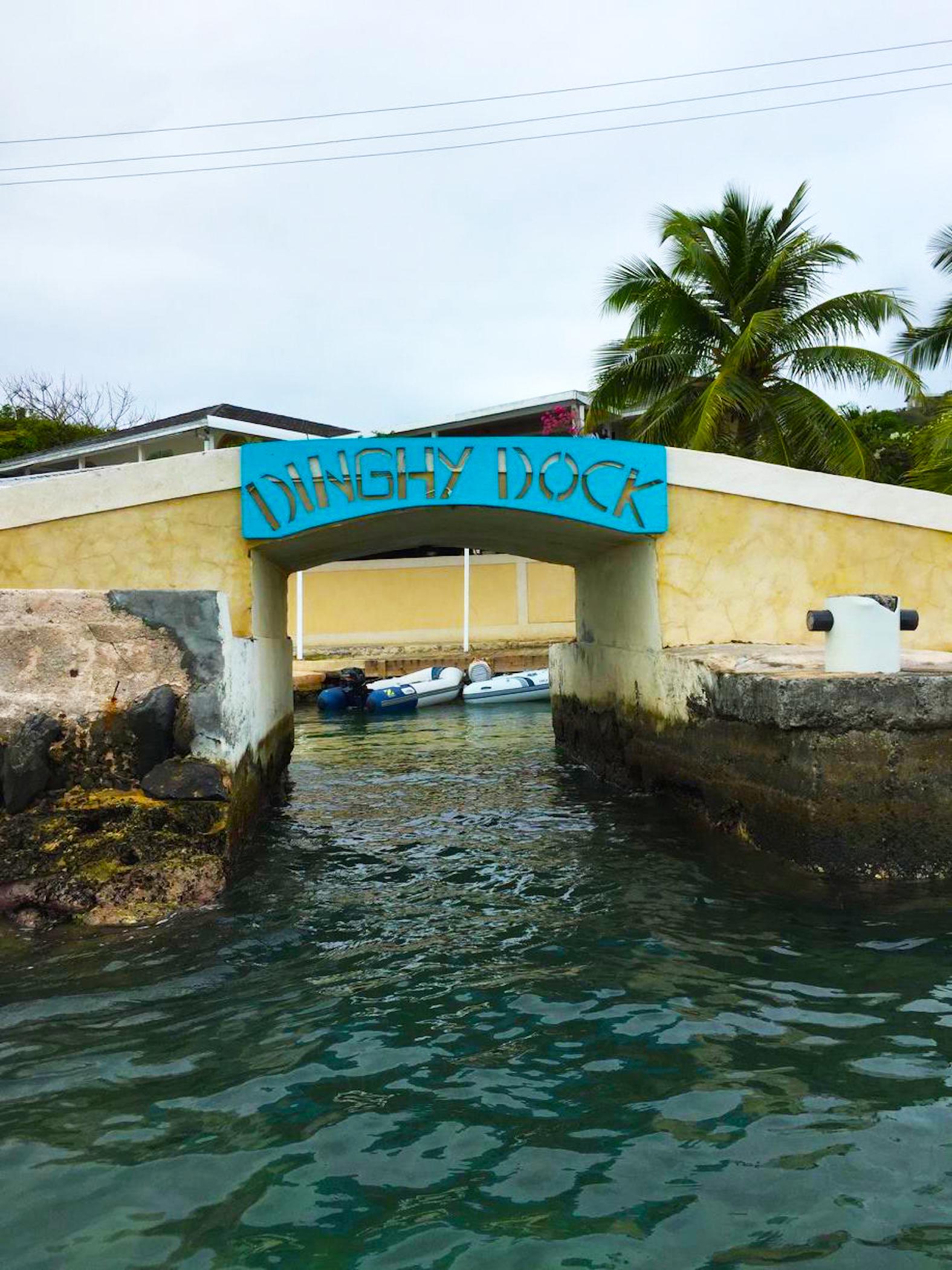 A very fun dinghy dock in Union Island