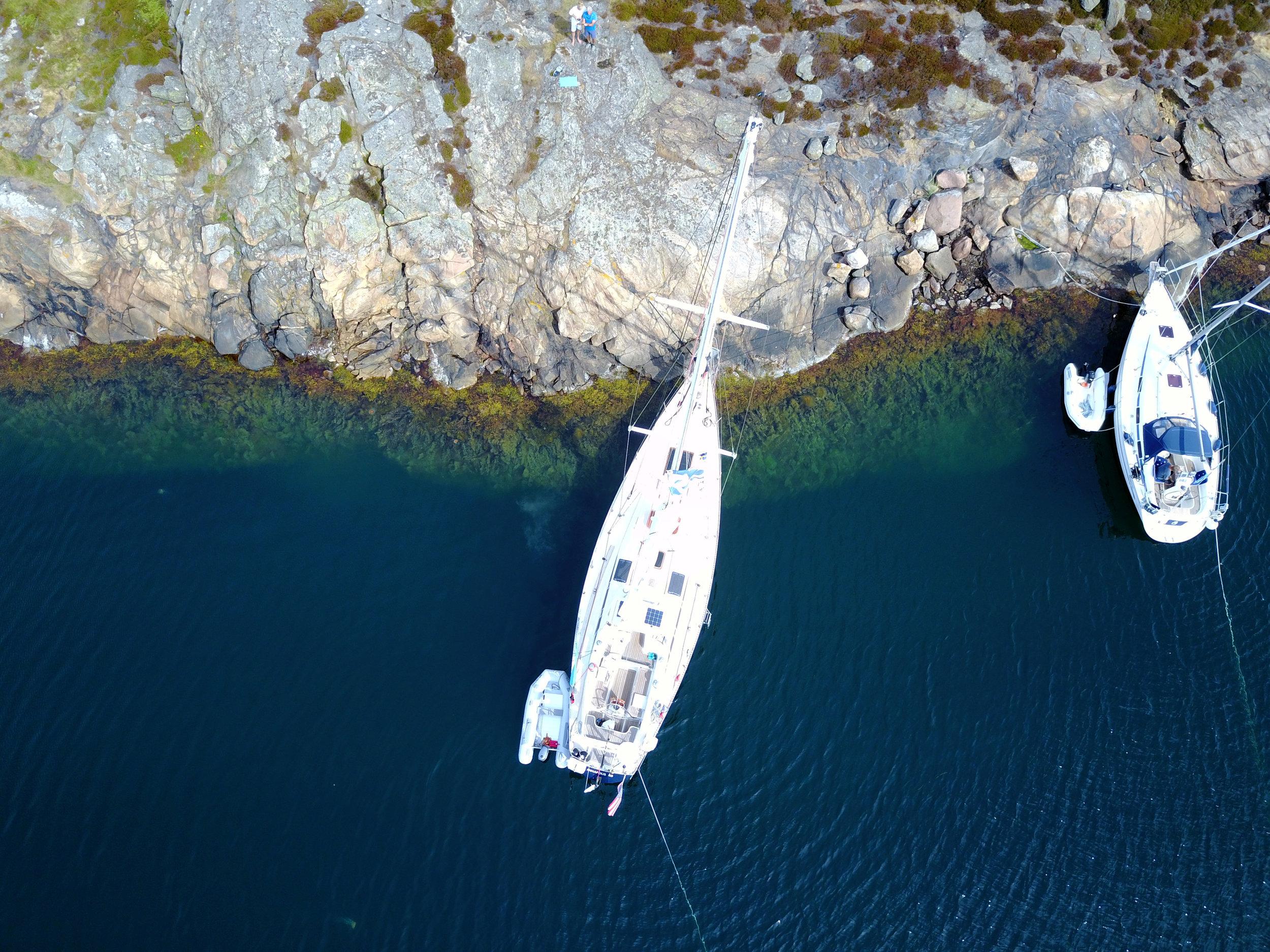 Isbjorn Mollo Drone Above.jpg